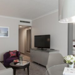 Отель Crowne Plaza Berlin City Centre 4* Стандартный семейный номер с разными типами кроватей фото 4