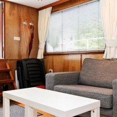 Отель Dutch Canal Boat Нидерланды, Амстердам - отзывы, цены и фото номеров - забронировать отель Dutch Canal Boat онлайн интерьер отеля