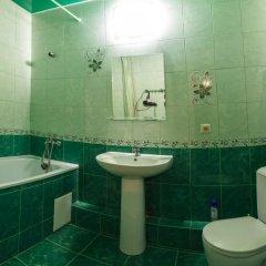 Гостиница on Stavropolskoia 163/1 в Краснодаре отзывы, цены и фото номеров - забронировать гостиницу on Stavropolskoia 163/1 онлайн Краснодар ванная фото 2