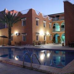 Отель La Vallée Марокко, Уарзазат - отзывы, цены и фото номеров - забронировать отель La Vallée онлайн бассейн