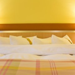 Отель Holiday Inn Berlin Airport - Conference Centre 4* Стандартный номер фото 2