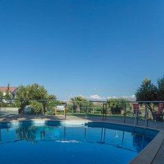 Отель Luxury Villa Karteros бассейн фото 3