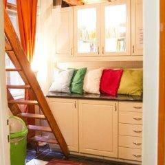 Hostel Budapest Center Номер с общей ванной комнатой с различными типами кроватей (общая ванная комната) фото 4