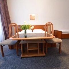 Hotel Pension Lumes 4* Стандартный номер с двуспальной кроватью фото 6