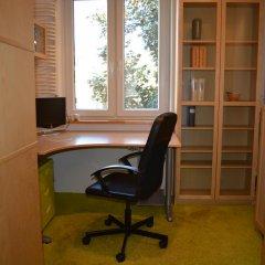 Отель Labo Apartment Польша, Варшава - отзывы, цены и фото номеров - забронировать отель Labo Apartment онлайн удобства в номере фото 2