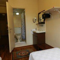 Отель Berk Guesthouse - 'Grandma's House' 3* Стандартный номер с различными типами кроватей фото 9