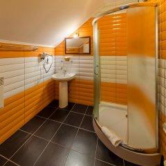 Гостиница ZimaSnow Ski & Spa Club ванная фото 2