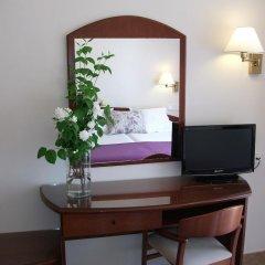 Hotel Avenida 2* Стандартный номер разные типы кроватей