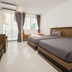 M.U.DEN Patong Phuket Hotel 3* Улучшенный номер двуспальная кровать фото 9