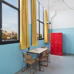 Fabrika Hostel & Suites - Hostel Кровать в общем номере с двухъярусной кроватью фото 5