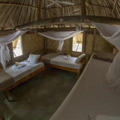 Отель Barefoot Manta Island 3* Кровать в общем номере с двухъярусной кроватью фото 2
