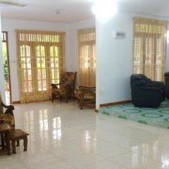 Отель Green Garden Guest House Шри-Ланка, Берувела - 1 отзыв об отеле, цены и фото номеров - забронировать отель Green Garden Guest House онлайн интерьер отеля фото 2