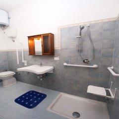 Отель B&B I Colori dell'Etna Сан-Джованни-ла-Пунта ванная
