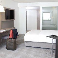 Отель Novotel Paris Les Halles 4* Улучшенный номер с различными типами кроватей