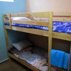 Хостел Маня Кровать в общем номере с двухъярусной кроватью фото 26