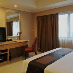 Отель FuramaXclusive Sukhumvit 4* Номер Делюкс с двуспальной кроватью фото 7