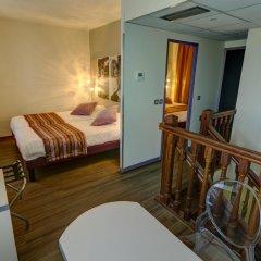 Hotel Arles Plaza 4* Стандартный номер фото 5