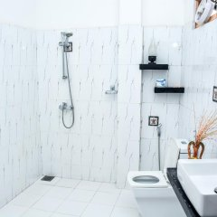Отель Baywatch Шри-Ланка, Унаватуна - отзывы, цены и фото номеров - забронировать отель Baywatch онлайн ванная