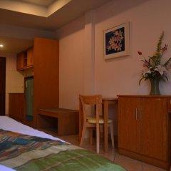 Отель Seven Oak Inn 2* Стандартный семейный номер с двуспальной кроватью фото 15