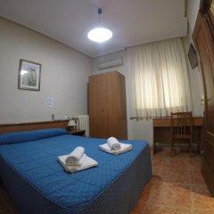 Отель Hostal El Pilar Стандартный номер с двуспальной кроватью фото 9