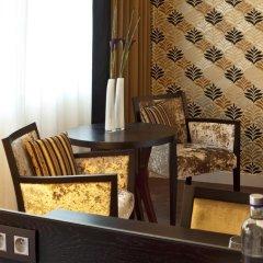 Отель Ramada Plaza Antwerp 4* Номер Делюкс с различными типами кроватей фото 2