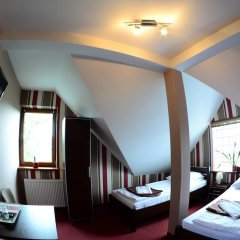 Отель Route One - Restauracja & Pokoje Hotelowe комната для гостей фото 5