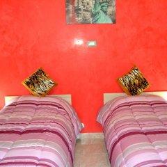 Отель B&B Milon Стандартный номер с различными типами кроватей фото 5