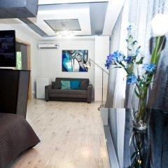 Гостиница Design Suites Kievskaya комната для гостей фото 3