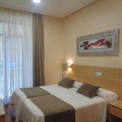 Отель Pensión Urumea Испания, Сан-Себастьян - отзывы, цены и фото номеров - забронировать отель Pensión Urumea онлайн комната для гостей фото 5