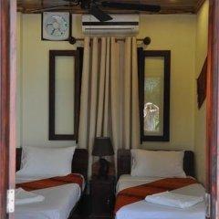 Отель Villa Somphong 2* Номер Делюкс с 2 отдельными кроватями фото 13