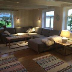 Отель Bustad Норвегия, Тромсе - отзывы, цены и фото номеров - забронировать отель Bustad онлайн комната для гостей фото 3