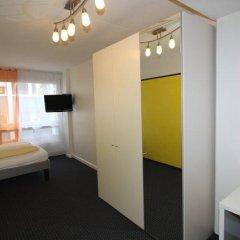 Primestay Self Check-in Hotel Altstetten 2* Стандартный номер с различными типами кроватей фото 3