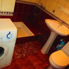 Гостиница On Sukhe-Batora в Иркутске отзывы, цены и фото номеров - забронировать гостиницу On Sukhe-Batora онлайн Иркутск ванная фото 2