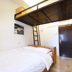 Отель 5footway.inn Project Ann Siang 2* Улучшенный номер с различными типами кроватей фото 2