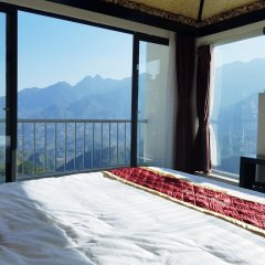 Phuong Nam Mountain View Hotel 3* Номер Делюкс с различными типами кроватей фото 3