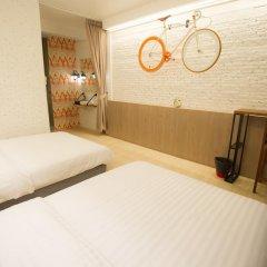 Отель Glur Bangkok Номер Делюкс разные типы кроватей фото 2