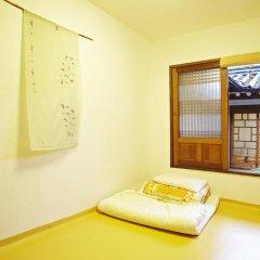 Отель Mumum Hanok Guesthouse 3* Стандартный номер с двуспальной кроватью фото 4