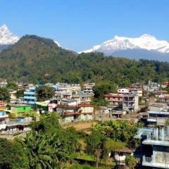 Отель Orchid Непал, Покхара - отзывы, цены и фото номеров - забронировать отель Orchid онлайн приотельная территория фото 2