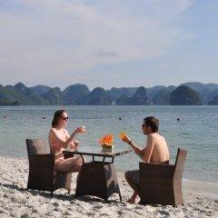Отель Oriental Sails пляж