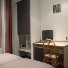 Отель Hôtel du Maine 2* Номер категории Премиум с различными типами кроватей фото 4
