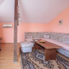Апартаменты Eli Apartments - Different locations in Sarafovo, Bourgas комната для гостей фото 4
