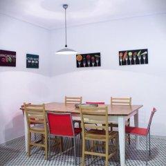 Отель Valencia Apartmans El Carmen гостиничный бар