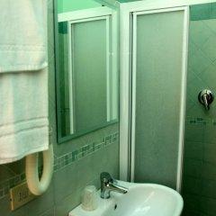 Hotel Azzurra 3* Стандартный номер с различными типами кроватей фото 11