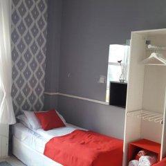 Отель Durban Residence 3* Стандартный номер с 2 отдельными кроватями (общая ванная комната) фото 2