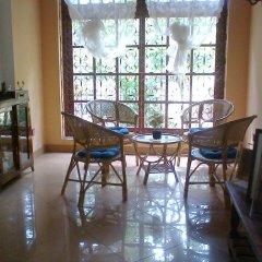 Отель Saaketha House Шри-Ланка, Пляж Golden Mile - отзывы, цены и фото номеров - забронировать отель Saaketha House онлайн интерьер отеля