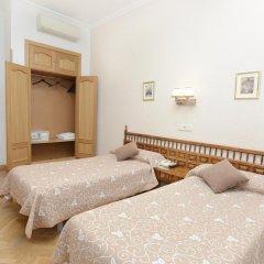 Отель Hostal Biarritz Испания, Мадрид - отзывы, цены и фото номеров - забронировать отель Hostal Biarritz онлайн комната для гостей фото 4
