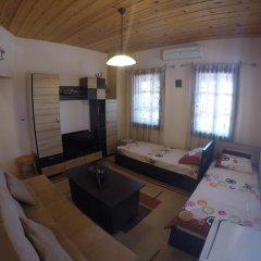 Отель Alex Guest House комната для гостей фото 3