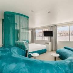 Отель Room Mate Oscar Испания, Мадрид - отзывы, цены и фото номеров - забронировать отель Room Mate Oscar онлайн комната для гостей фото 4