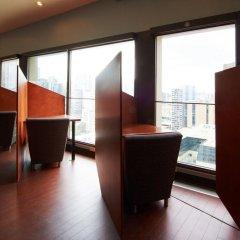 Отель Chestnut Residence and Conference Centre - University of Toronto балкон