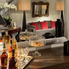 Colonna Palace Hotel 4* Улучшенный номер с различными типами кроватей